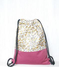 http://de.dawanda.com/product/79865059-turnbeutel---rucksack---festivalbag