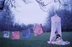Hermes invited American photographer Olivia Bee to shoot a feature for the Fall/Winter 2012 issue of their Le Monde d'Hermes magazine. Olivia Bee, Fashion Photography Inspiration, Photoshoot Inspiration, Style Inspiration, Dreamy Photography, Art Photography, Bee Do, Textiles, Hermes Paris