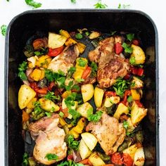 Leah Itsines Chicken and Capsicum Bake Cooked Chicken Recipes, Turkey Recipes, Baked Chicken, Healthy Cooking, Healthy Eating, Healthy Recipes, Healthy Meals, Healthy Food, Clean Eating