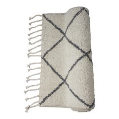 This handmade bath mat is made of high-quality cotton. Also very nice: it has an anti-slip layer on the bottom! Handmade in India Height in cm: Urban Loft, Change Maker, Bath Or Shower, Boho Stil, Lifestyle Shop, Diamond Design, Interior Accessories, Luxury Gifts, Pattern Fashion