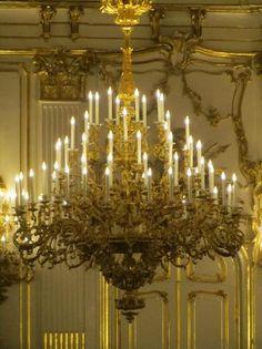 Château de Schönbrunn : Chandelier in the Ballroom