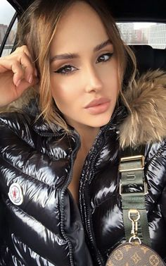 Motorcycle Gloves, Puffer Jackets, Moncler, Jackets For Women, Clothing, Pictures, Cardigan Sweaters For Women