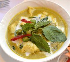 Heb jij vandaag zin in een makkelijk gerecht? Deze groene Thaise curry is makkelijk te bereiden en is zelfs de volgende dag nog heerlijk!