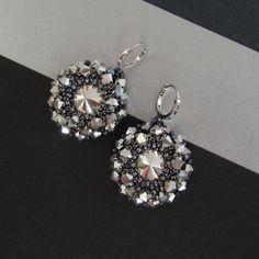 earrings bicones https://www.facebook.com/BeadsClubTG/