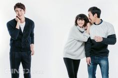 """Reply 1994″ Cine21 Love Triangle Pic Spam 