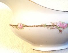 Quite vintage c.1930s Johnson Brothers gravy boat by BuyfromGroovy
