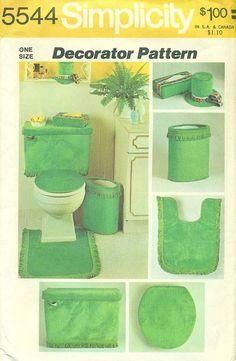 green bathroom!!