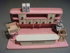Vintage Kaufmannsladen & Küche - Kaufmannsladen, Krämerladen, Vintage, rosa, 50er - ein Designerstück von royce_royce bei DaWanda