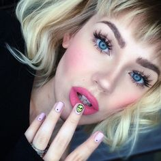 Doll Eyes by @itslikelymakeup wearing our #bambielashes  #houseoflashes #itslikelymakeup #lashesfordays #lashgamestrong #dolleyes #pinklips #blueeyes #browsonpoint by houseoflashes