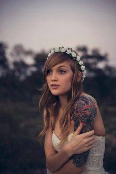 Tattooed bride. Pretty.