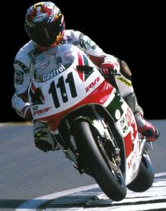 Aaron Slight on the Honda RC45 WSBK. 1999.