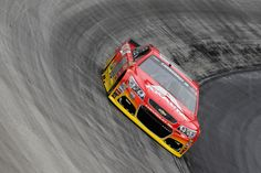 Jeff Gordon Photos Photos - Jeff Gordon, driver of the #88 Axalta Chevrolet, practices for the NASCAR Sprint Cup Series Bass Pro Shops NRA Night Race at Bristol Motor Speedway on August 19, 2016 in Bristol, Tennessee. - Bristol Motor Speedway - Day 2
