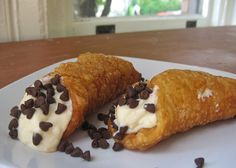 cannolis by pete bakes, via Flickr