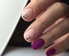 HYGGE NAILS are a trend and a must-try for the cold season. We selected ideas how to bring more HYGGiness into your nail designs. Aycrlic Nails, Nail Manicure, Diy Nails, Nail Polish, Dream Nails, Love Nails, Perfect Nails, Gorgeous Nails, Hygge