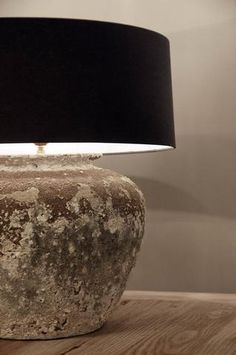 this lamp . Decor, Home Decor Inspiration, Lamp Light, Interior Lighting, Lamp, Rustic House, Decor Design, Rustic Interiors, Rustic Lamps