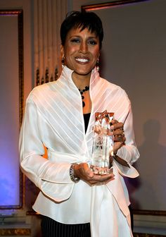 This blouse is fabulous!  Robin Roberts poses with her AMEE Award in Broadcasting at the 2010 AFTRA AMEE Awards at The Grand Ballroom at The Plaza Hotel on February 22, 2010 in New York City. (Photo by Larry Busacca/Getty Images for AFTRA)