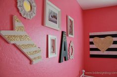 Hot pink, black, white with touches of gold glitter gallery wall. www.bddesignblog.com #blackandwhite #gold #glitter