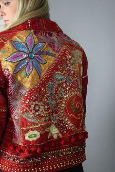 Items similar to Boho Vintage Embroidered Red Jacket / Boho Chic Jacket / Embroidery Jacquard Jacket / Fashion Bohemian Gypsy Jacket / Medium/Large on Etsy Boho Chic, Bohemian Style, Boho Gypsy, Hippie Boho, Boho Outfits, Vintage Outfits, Embellished Jeans, Embellished Jackets, Moda Boho