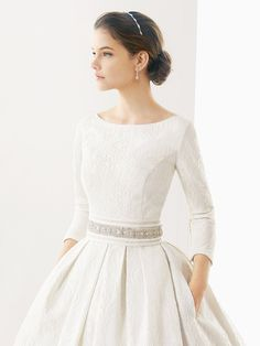 Pretty+Bridal+Jewelry+to+Compliment+Every+Wedding+Dress+Neckline+via+@WhoWhatWear