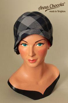 1920s FLAPPER CLOCHE Inès HAT navy grey plaid L/XL British Cloth Fine Wool