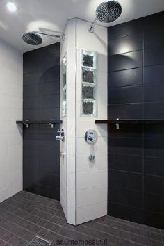 Passiivikivitalo Pekkarinen - pesuhuone | Asuntomessut Bathroom Renos, Bathrooms, Spa, My Dream Home, Locker Storage, Bathing, Door Handles, Sweet Home, Relax