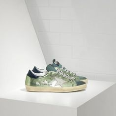 2016 Golden Goose Deluxe Brand Super Star Sneakers In Leather With Leather Star Donna Sneaker Verde Argento