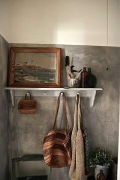 two-tone walls - casa de boneca