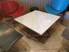 #카페테이블 #cafetable #소파테이블 #스텔라 #대리석카페테이블 #대리석테이블 #WMST #위드마블 #withmarble #비앙코까라라 #골드프레임 Cafe Tables, Marble, Furniture, Home Decor, Coffee Tables, Decoration Home, Room Decor, Granite, Home Furnishings