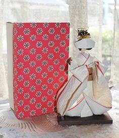 Japanese Rare all WASHI paper made Bride SHIROMUKU KIMONO doll, box incl. - 20cm