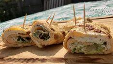 Omeletrolletjes met kruidenroomkaas – Judoka Margriet Bergstra Omelet, Pesto, Mashed Potatoes, Sushi, Ethnic Recipes, Food, Sport, Omelette, Whipped Potatoes