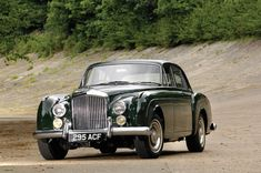 Pictures of Bentley Continental Flying Spur by Mulliner Bentley Auto, Bentley Motors, Volkswagen, Retro Cars, Vintage Cars, 50s Cars, Classic Motors, Classic Cars, Royce Car