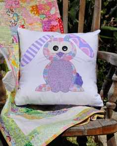 Happy Little Rabbits Applique Cushion PDF Pattern instant image 1 Applique Cushions, Owl Applique, Cute Cushions, Crochet Cushions, Sewing Pillows, Applique Patterns, Quilt Patterns, Quilt Baby, Quilting Projects