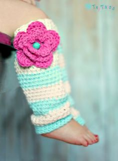 crochet baby legwarmers with flower