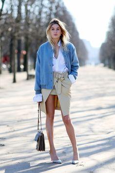 De største designere fra hele verden viser netop nu deres AW15 kollektioner på catwalks i byer som Paris, New York, og Milano. Men der er mindst lige så meget at se på gaden. Her har vi samlet nogle af de bedste streetstyle looks spottet under modeugerne...