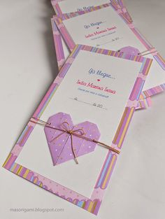 origami - tarjetas de nacimiento con corazón de origami aplicado.