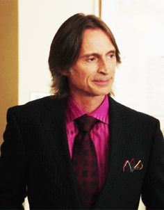 Robert Carlyle. So sassy! Loki- you ain't got nothin on me Carlyle! ;)