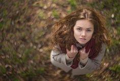 People photo by Alexandr Shajunov Outdoor Portraits, Portrait Poses, Love Photos, Portrait Inspiration, Female Models, Dreadlocks, Beautiful Women, Photo And Video, Hair Styles