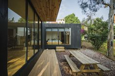Gallery of The Black Cabin / Revolution Architects - 5