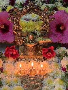 Shiva Parvati Images, Rudra Shiva, Lord Shiva Hd Images, Shiva Linga, Dulhan Mehndi Designs, Shiva Art, Pooja Rooms, Goddess Lakshmi, Diwali Decorations