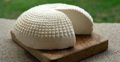 Receita fácil e prática para fazer queijo branco natural.