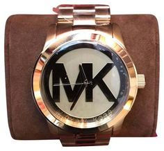 Michael Kors Runway Quartz Stainless Steel Watch. Free shipping and guaranteed authenticity on Michael Kors Runway Quartz Stainless Steel WatchBrand new in the box with protective plastic still...