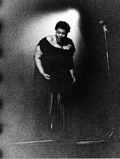 Ed van der Elsken Ella Fitzgerald, Amsterdam 1957 Jazz Artists, Jazz Musicians, Ella Fitzgerald, Louis Armstrong, Jazz Blues, Documentary Photography, Photojournalism, Street Photography, Documentaries