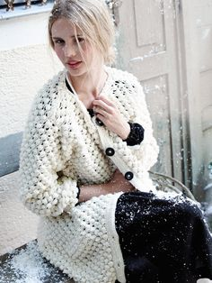 Ravelry: 177 Women's Knit Jacket pattern by Burda Design Team Knit Cardigan Pattern, Jacket Pattern, Wool Cardigan, Knitting Patterns, Sewing Patterns, Pullover Mode, Casual Chique, Knitted Coat, Knit Jacket