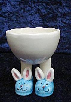 Bunny Feet Egg Cup...I want it!
