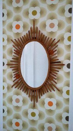 Miroir ovale en rotin soleil