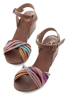 Cute Sandals, Cute Shoes, Wedge Sandals, Me Too Shoes, Shoes Sandals, Heels, Pretty Sandals, Flat Shoes, Fashion Shoes