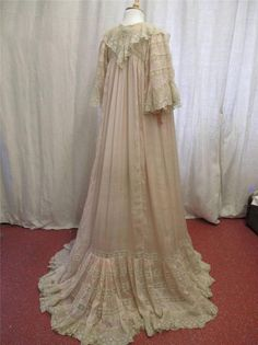Extraordinary Antique Victorian Floaty Silk & Valenciennes Lace Negligee Gown