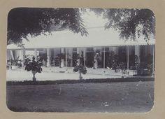 Anonymous   Huis met een veranda in Nederlands-Indië, Anonymous, 1900 - 1920  
