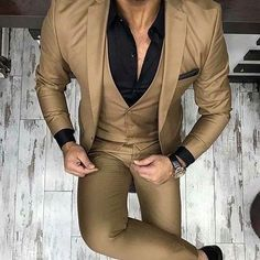 men's fashion suits for business wardrob mens style tips and fashion inspiration Blazer Outfits Men, Mens Fashion Blazer, Suit Fashion, Fashion Menswear, Style Fashion, Trendy Mens Fashion, Indian Men Fashion, Stylish Mens Outfits, Prom Suits For Men
