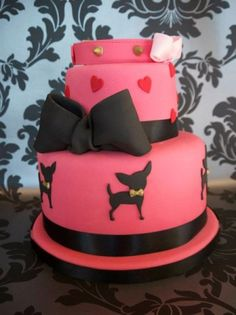 Just walking the dog with Love Cupcake & Cheri Bakewells.  Love the doggie collar on top of the cake :-), very cute